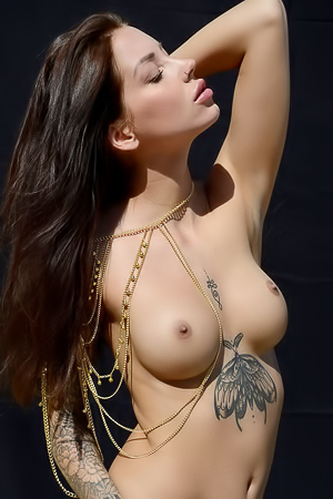 Tattoed Hottie Lena Klahr
