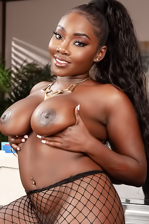 Ebony Osa Lovely In Interracial Threesome