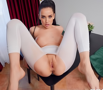 Luxury Girl Coming Back In White Yoga Pants For Hardcore Sex
