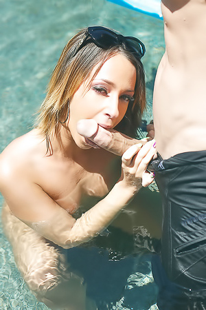 Jada Stevens loves hard Poolside Pounding